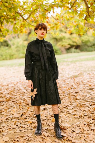 Μίντι μαύρη φούστα