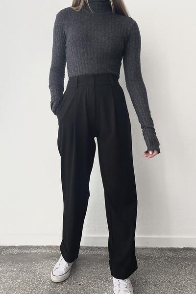 Παντελόνι με ρεβέρ