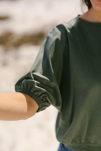 Μπλούζα με λάστιχο στα μανίκια